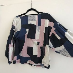 Anthropologie top, bubble sleeve XS